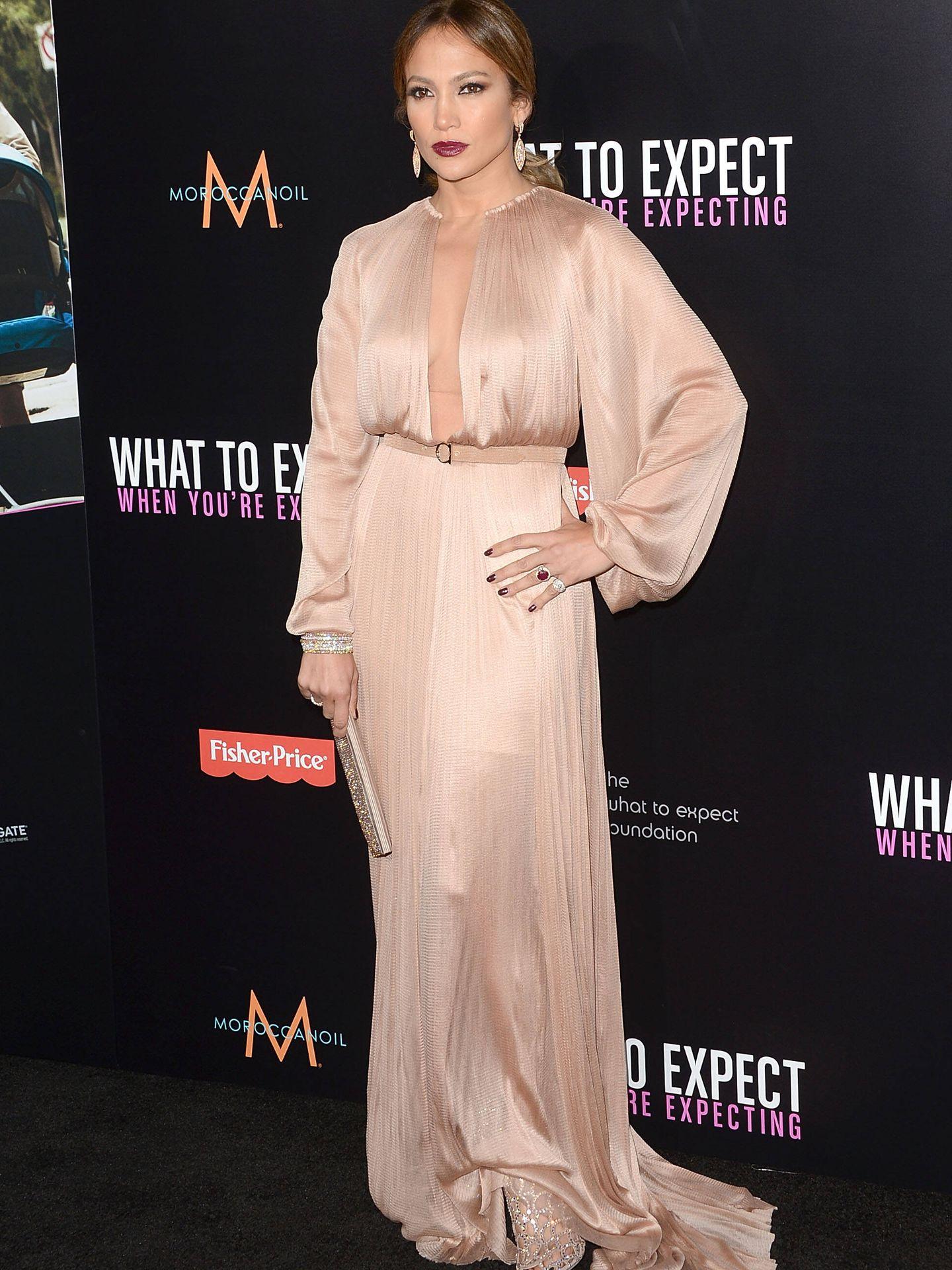 Jennifer Lopez, vestida de Bgo & Me. (Getty)