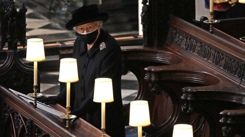 La reina Isabel II, en el funeral de su marido. (Getty)