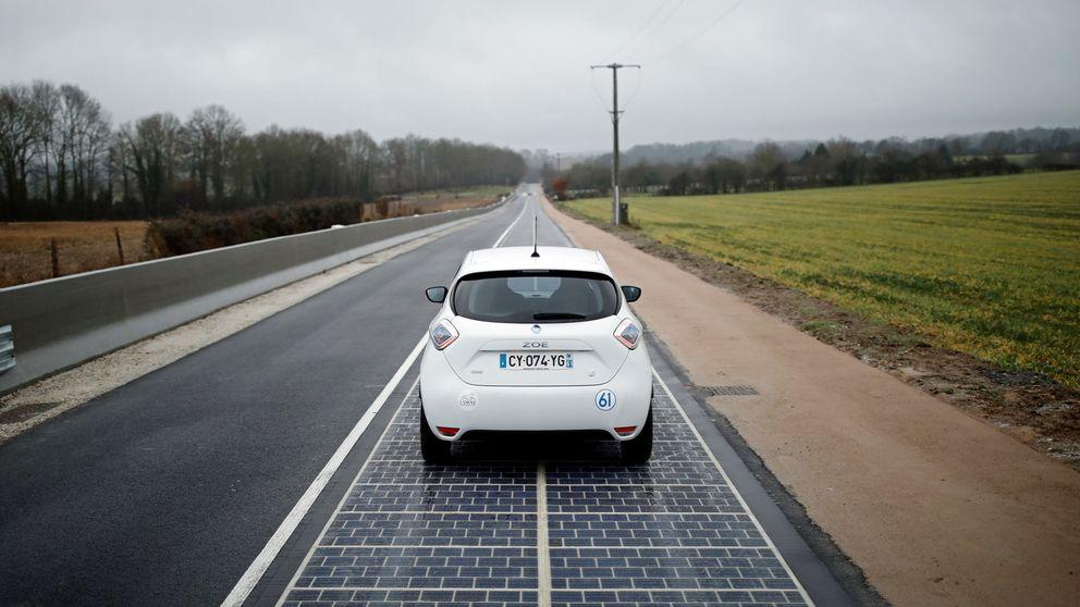 Francia inaugura la 1ª carretera solar del mundo (que está condenada al fracaso)