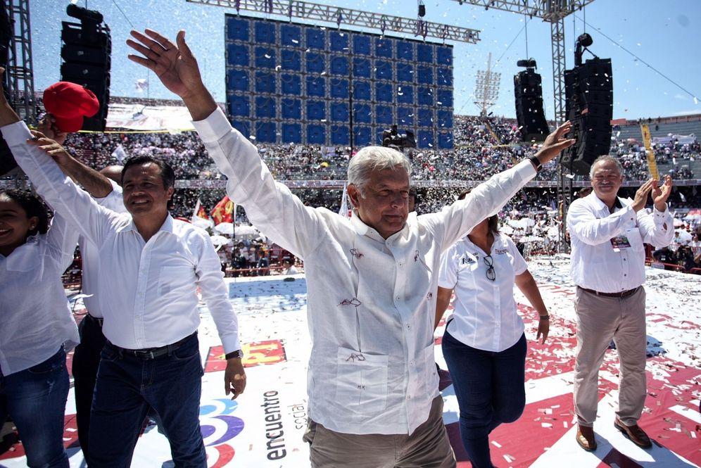 Foto: El candidato izquierdista, del Movimiento Regeneración Nacional (Morena), Andrés Manuel López Obrador, durante un acto de campaña el estado de Veracruz, México. (EFE)