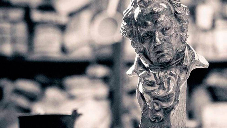 Los Premios Goya que pudieron ser Premios Buñuel: historia y origen de los Oscar españoles
