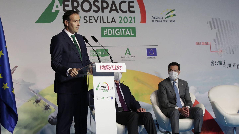 El secretario general de Airbus y el presidente de la Junta de Andalucía.