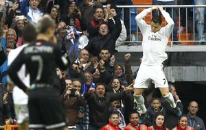 Cristiano no habla del Balón de Oro, pero contesta a Blatter a golpe de gol