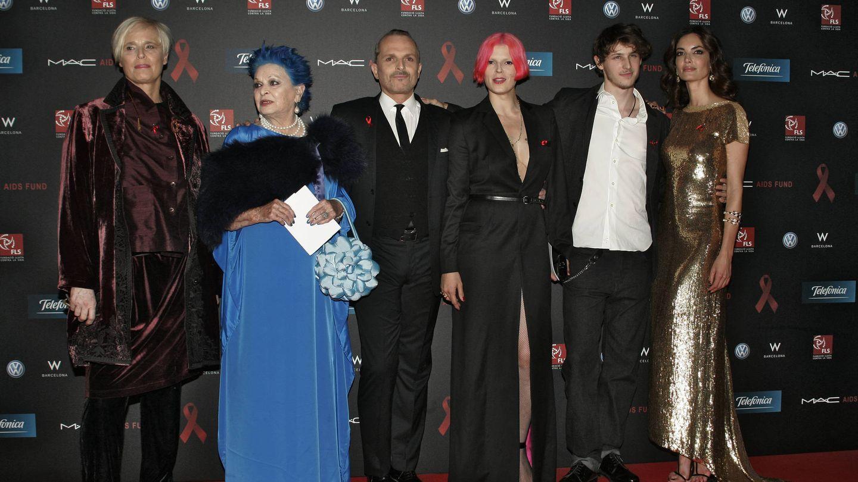Parte de la familia Bosé, en 2011, en la gala contra el sida que organizó Miguel Bosé durante años. (EFE)
