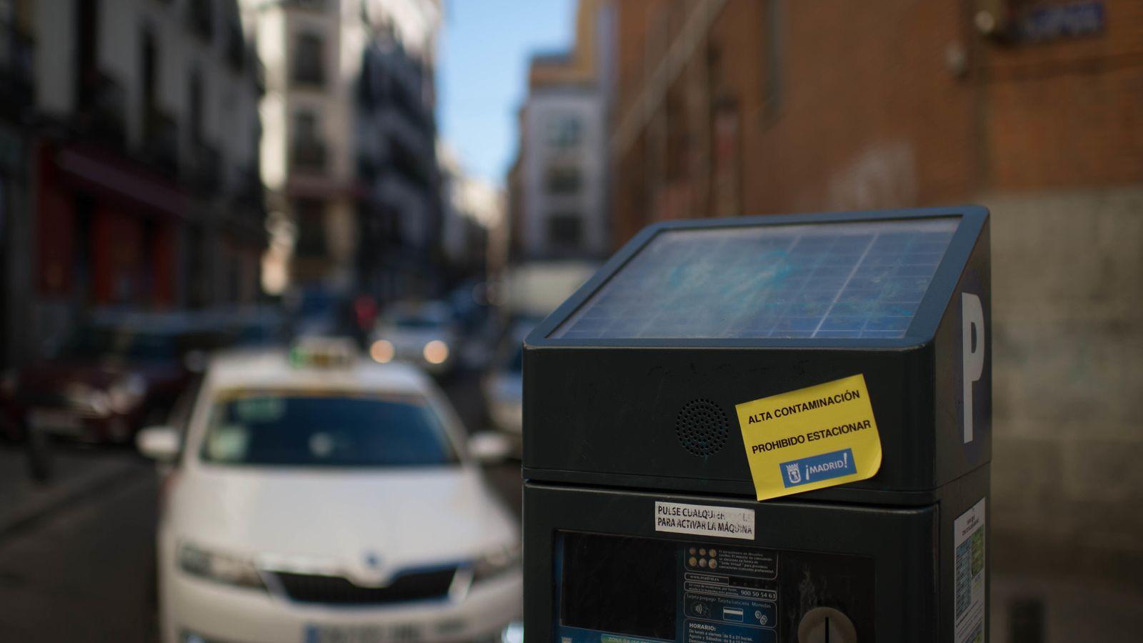 Zona SER Madrid: Trabajar vigilando parquímetros: mileurista ...