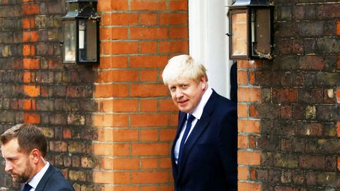 Boris Johnson inyecta casi 2.000 millones de euros en la sanidad pública