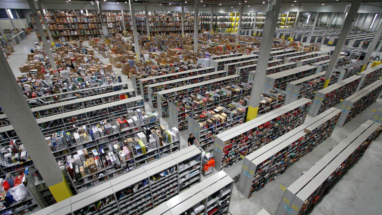 Almacén de Amazon en Alemania. (Reuters)