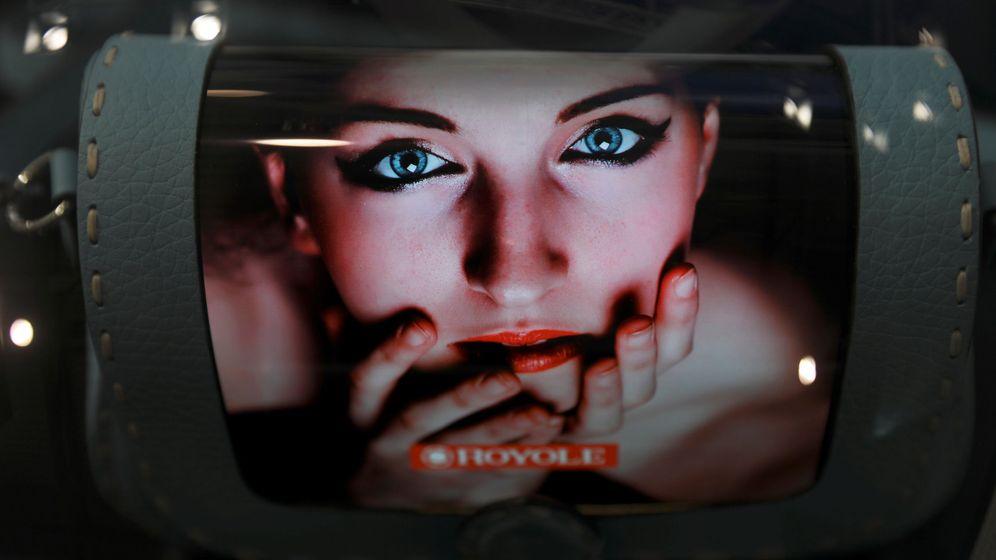 Foto: Un panel flexible en exposición este año en el MWC. (Reuters)