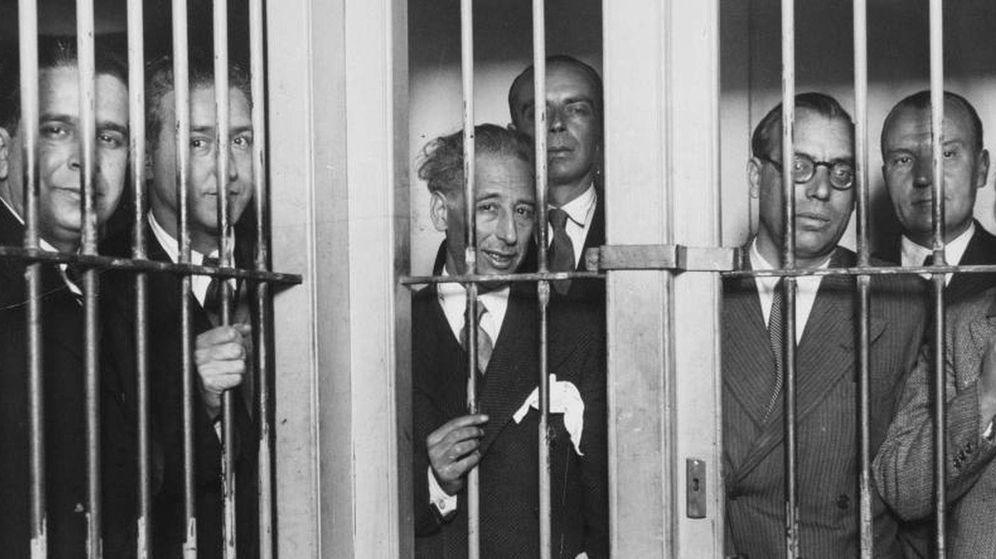 Foto: Companys y el Govern, en la cárcel tras los sucesos de 1934.