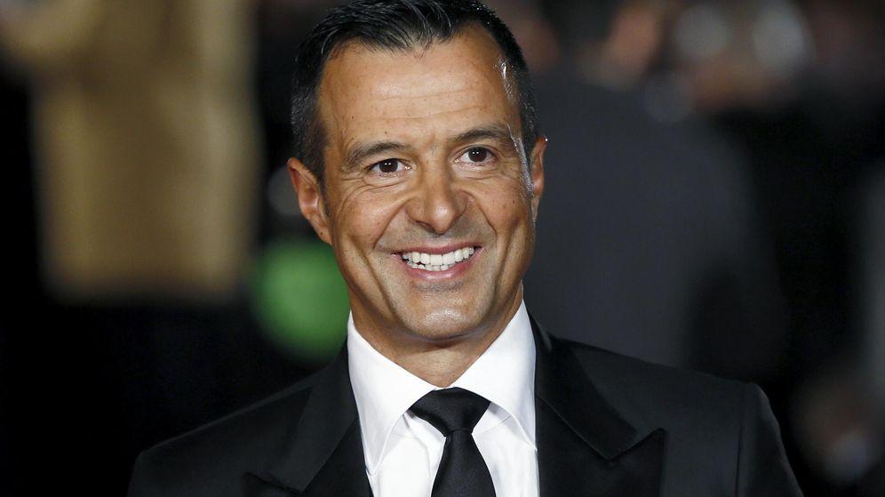 Foto: Jorge Mendes, el representante portugués, luce una sonrisa en la cara de plena felicidad. (Reuters)