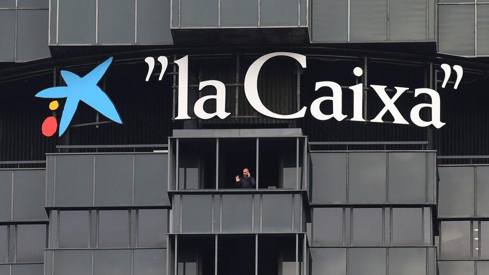 Foto: Sede de CaixaBank, en Barcelona. (Reuters)