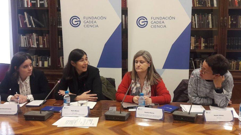 De izquierda a derecha: Clara Benedí, María Blasco, Susana Marcos y Noemí Gómez (Fund. Gadea Ciencia).
