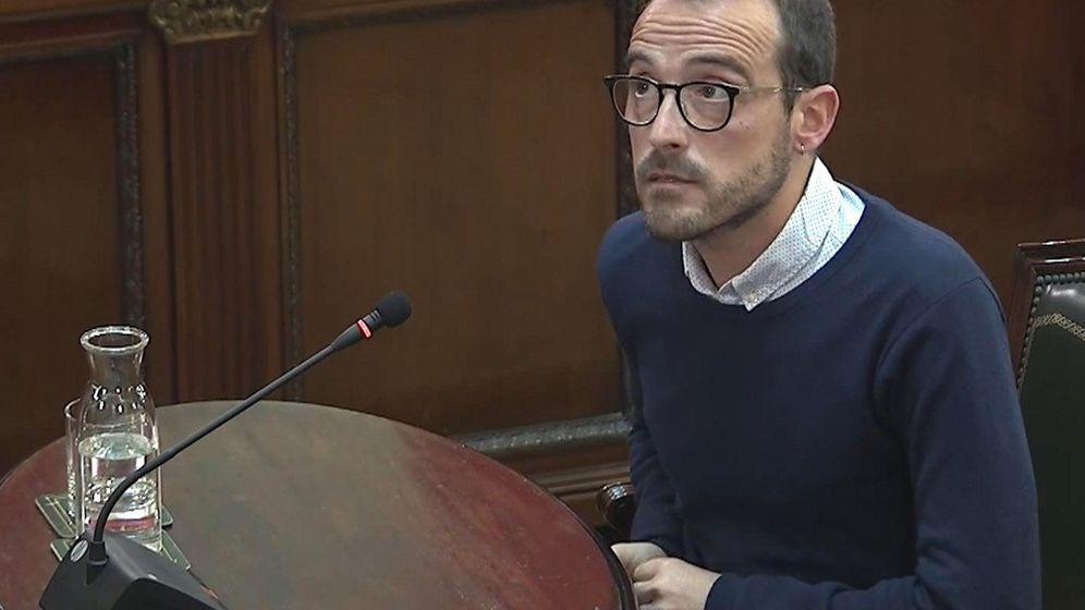 Foto: Jaume Mestre, en el juicio del 'procés'. (EFE)