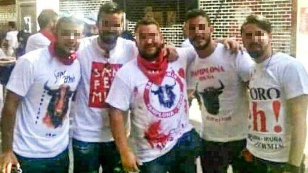 Foto: Los cinco integrantes de La Manada, durante los Sanfermines de 2016. (EC)