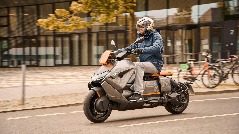 BMW CE 04, un scooter eléctrico con rendimiento de moto de gasolina