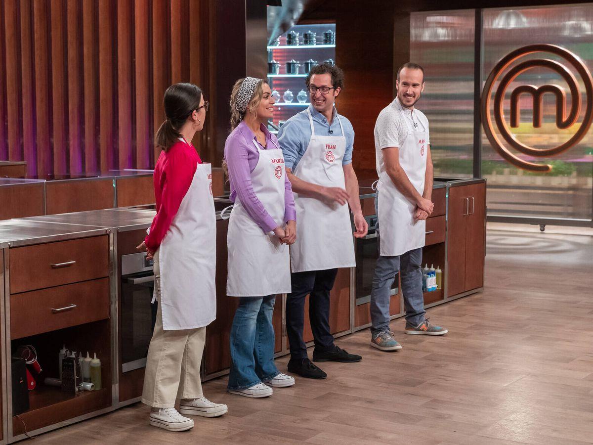 Foto: Meri, María, Fran y Arnau, en la gran final de 'Masterchef 9'. (TVE)