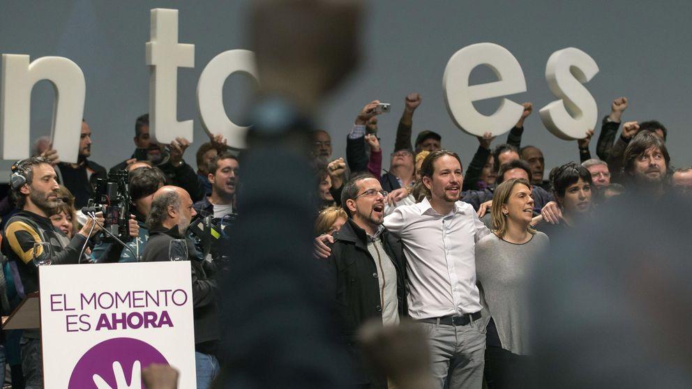 Pablo Iglesias tropieza con la maldición de los himnos electorales