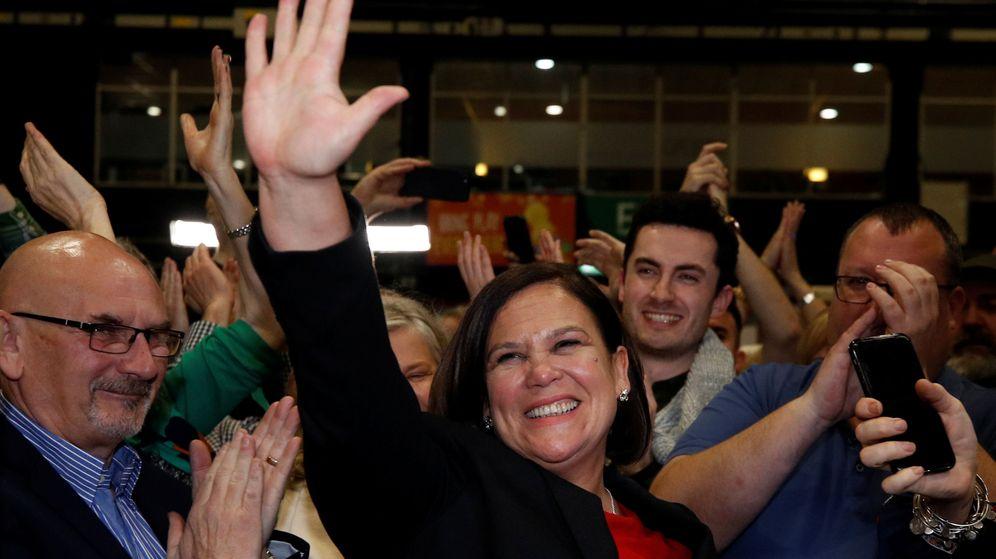Foto: Mary Lou McDonald, líder del Sinn Fein, al conocerse los primeros resultados. (Reuters)