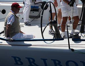 El Rey Juan Carlos deja las competiciones de vela