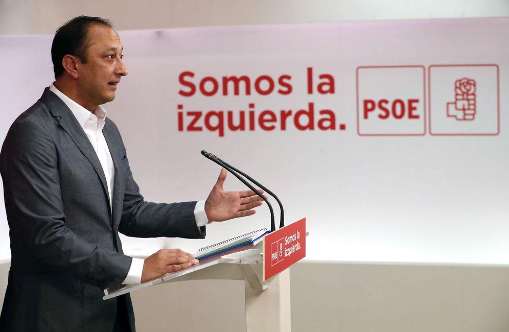 Foto: Alfonso Rodríguez Gómez de Celis, durante una comparecencia en Ferraz el pasado 3 de octubre. (EFE)