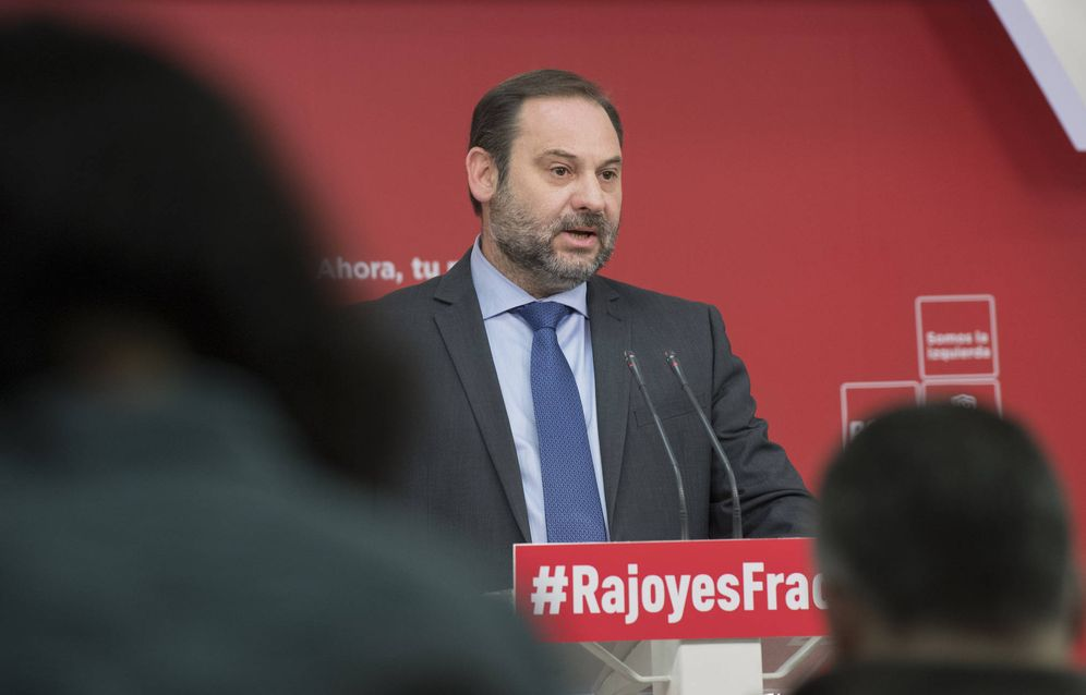 Foto: José Luis Ábalos, secretario de Organización del PSOE, este 29 de diciembre en rueda de prensa en Ferraz. (Borja Puig | PSOE)