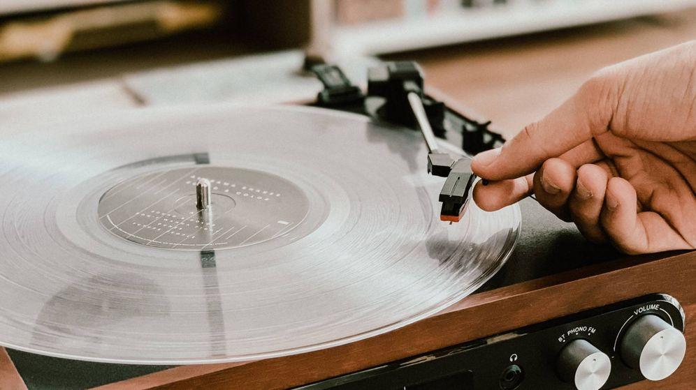 Foto: Recupera tu colección de discos con esta compra. (Victrola Record Players)