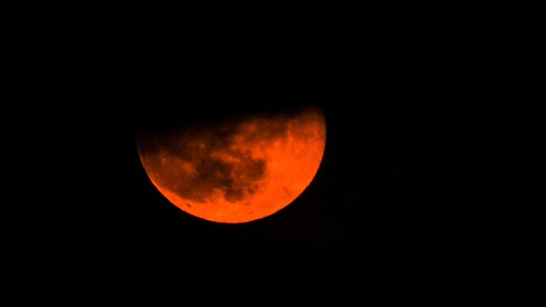 Ni de sangre ni de lobo: la 'Superluna de sangre de lobo' es una absurda invención