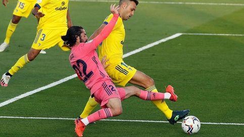 El Cádiz saca los colores a un Madrid altivo y patético y rompe el mito de Valdebebas (0-1)