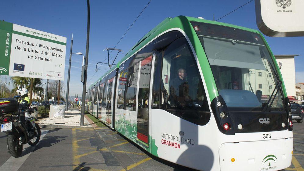 Foto: Ensayo en el Metro de Granada, desde Talleres y Cocheras hasta la estación de autobuses. (EFE).