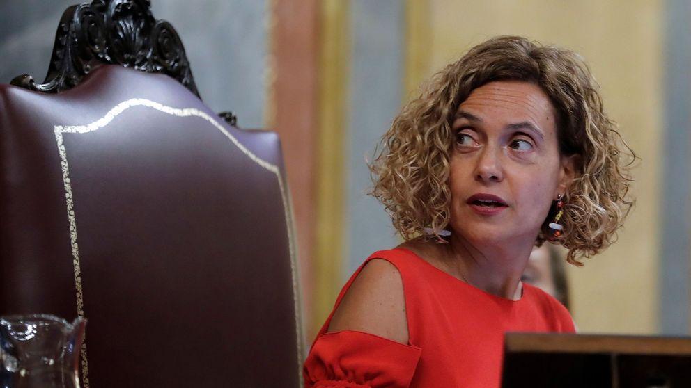 Un error de Podemos obliga a repetir la ajustada votación del pacto económico