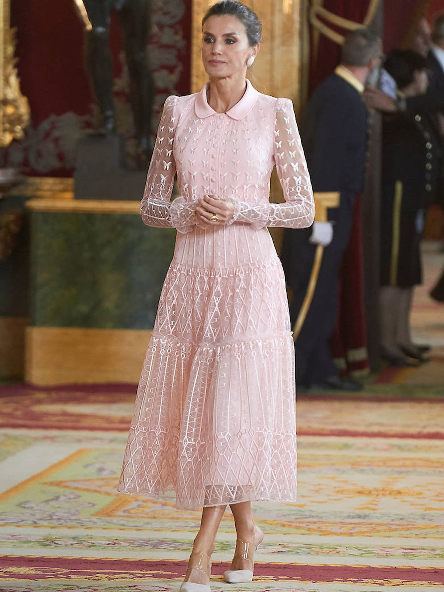 La Reina con su diseño de Felipe Varela en el Día de la Fiesta nacional. (Limited Pictures)