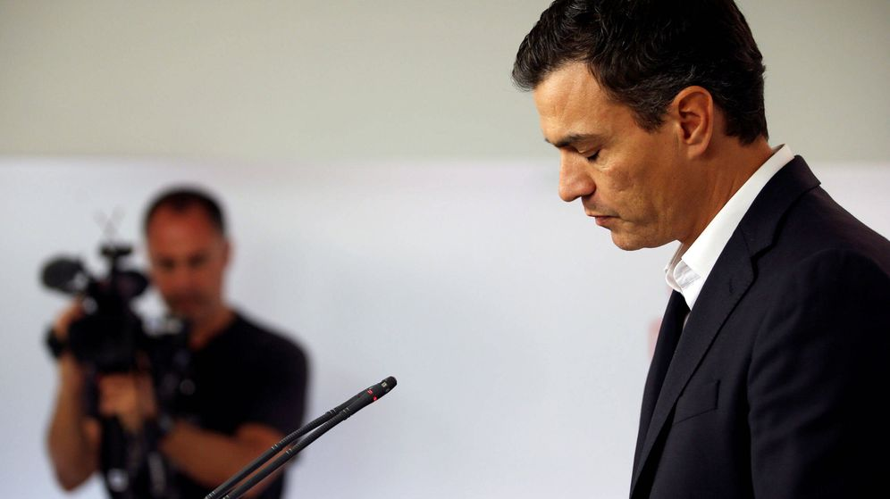 Foto: Pedro Sánchez, en rueda de prensa en Ferraz. (EFE)