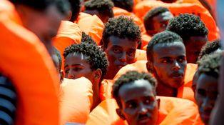 El costo del 'efecto llamada' y la caótica gestión migratoria