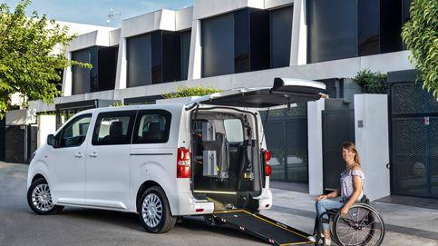 Dos nuevos Toyota para el transporte de personas con movilidad reducida