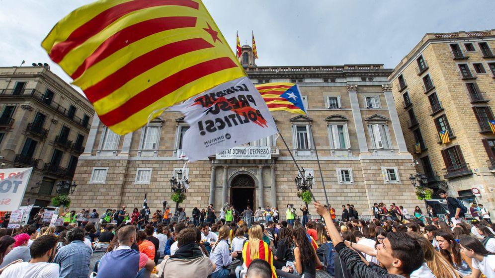 Foto: Casi medio millar de estudiantes se manifiestan en barcelona