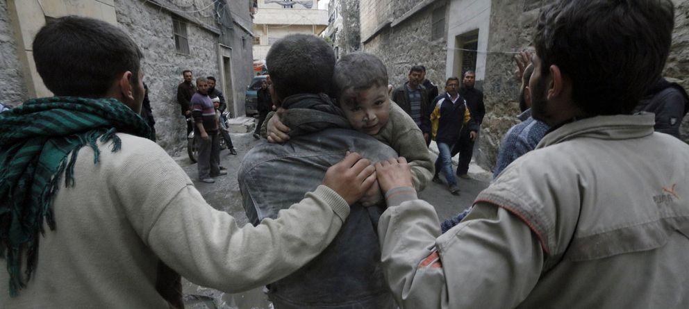 Esto es Siria: un mártir de 15 años, un viejo convertido en médico y un patriota pacifista