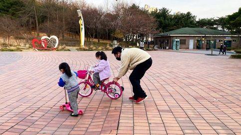 Niños en los parques y autocontrol social: así se vive el confinamiento en cinco países