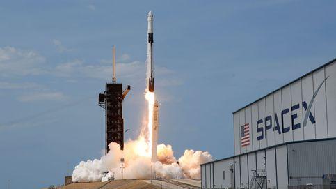 Cómo Elon Musk y Jeff Bezos juegan a ser la nueva NASA: el espacio es cosa de magnates