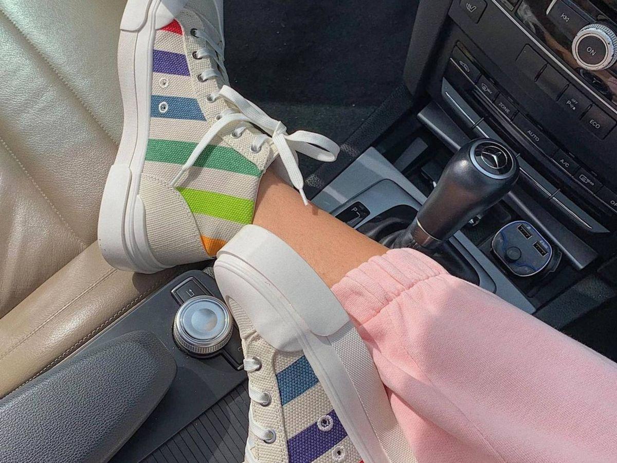 Foto: Las zapatillas deportivas de HyM. (Instagram @sarajand)