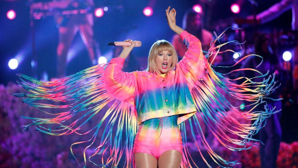 ¡Tu ex lleva mi vestido!: Taylor Swift y Sophie Turner tienen el mismo look