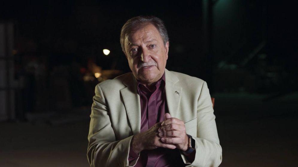 Foto: Paco Lobatón, en la serie documental 'El caso Alcàsser'. (Netflix)