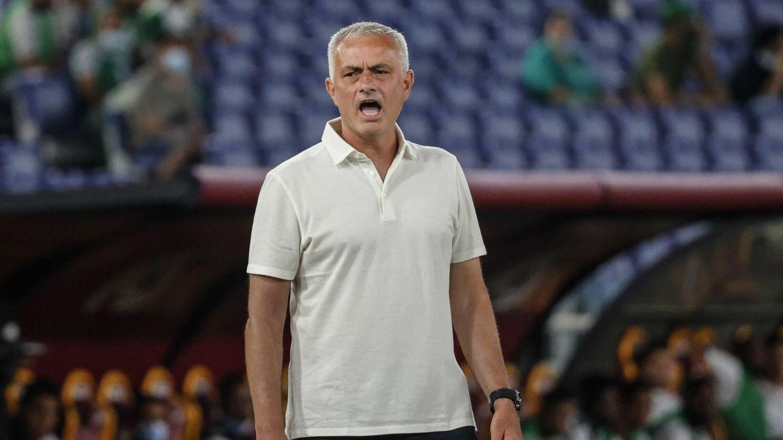 Mourinho ocupa ahora el banquillo de la Roma. (EFE)