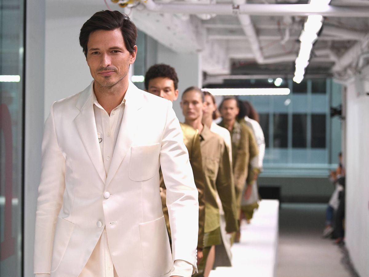 Foto: Andrés Velencoso, desfilando en la New York Fashion Week. (Getty)