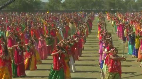2.216 personas al mismo son: nuevo récord Guinness en la India