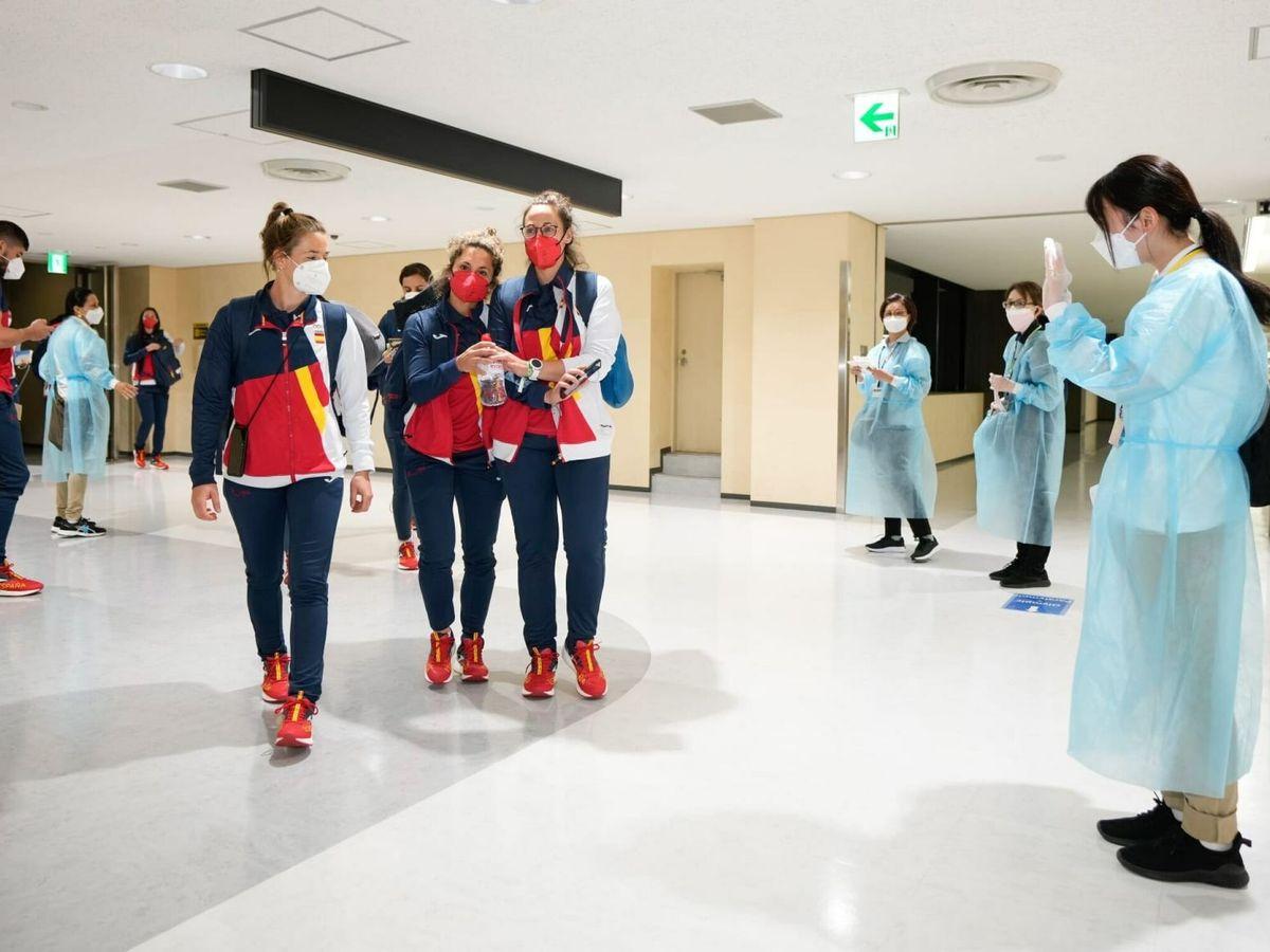 Foto: El grueso del equipo olímpico español al llegar Tokio. (EFE)