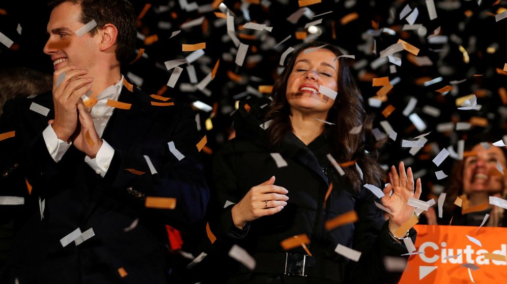Foto: Albert Rivera e Inés Arrimadas celebran la victoria de Ciudadanos en Cataluña. (Reuters)