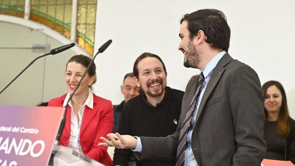 Foto: Alberto Garzón,  Pablo Iglesias y Yolanda Díaz (EFE)