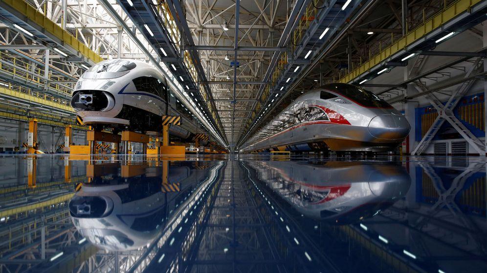 Foto: Dos trenes chinos de alta velocidad. (Foto: Reuters)