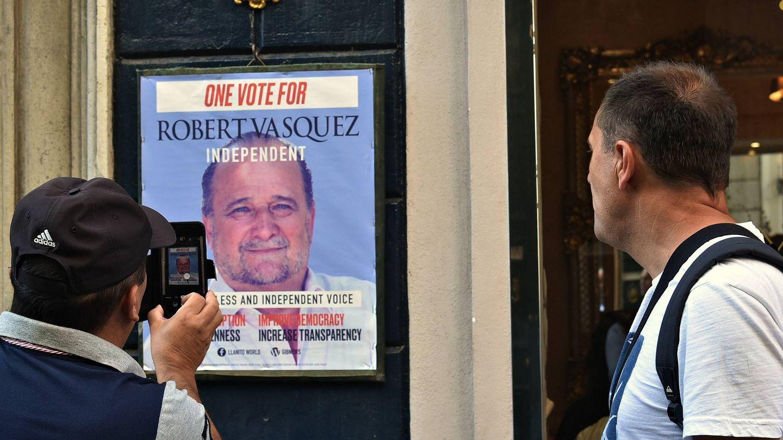 Una imagen de la candidatura de Robert Vásquez en Gibraltar. (Toñi Guerrero)