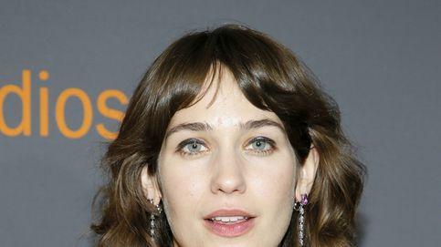 Las axilas sin depilar de Lola Kirke, las protagonistas de la alfombra roja de los Globos de Oro